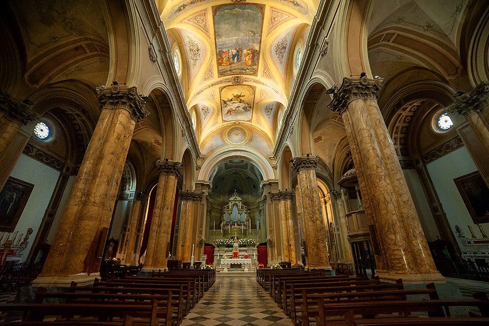 Interno della chiesa dopo i restauri